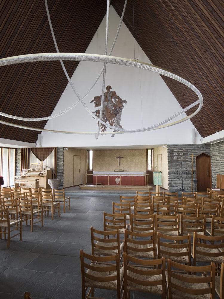Kong Haakons Kirke København interiør kirkesal Elgaard Architecture