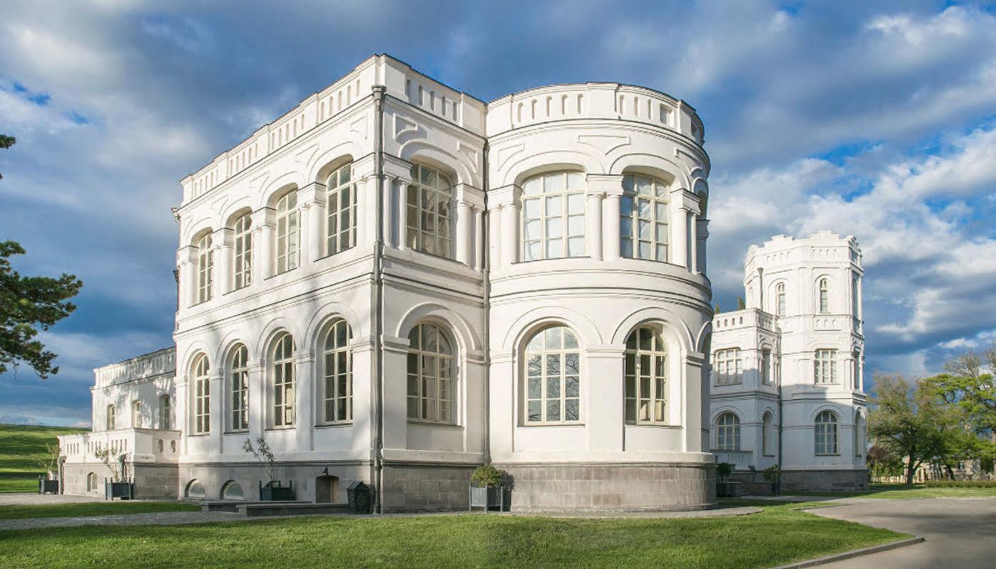 Chateau Mukhrani efter restaurering Elgaard Architecture