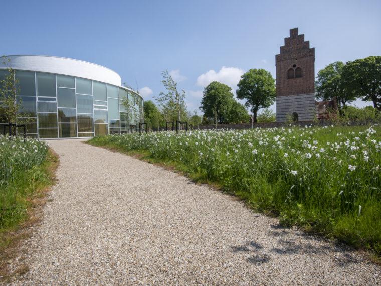 Vallensbæk Kirke og Helligtrekongers Kirke