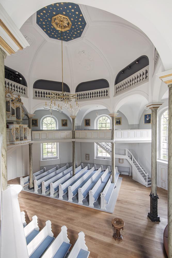 Frederiksberg Kirke interiør efter restaurering Elgaard Architecture
