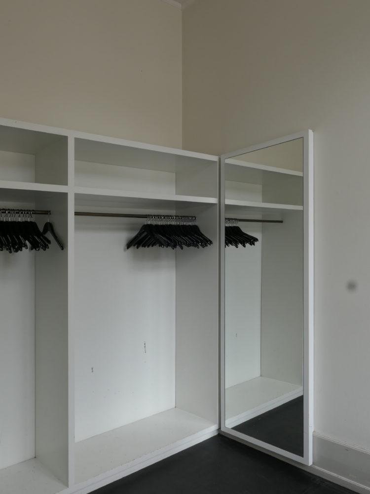 Garderobe før restaurering Carlsberg Akademi